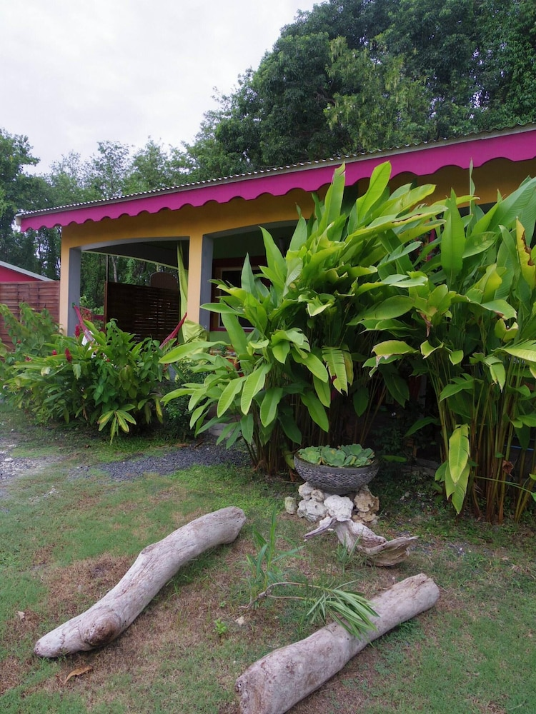 Bungalow With One Bedroom In Guadeloupe, With Pool Access, Enclosed Garden  And Wifi