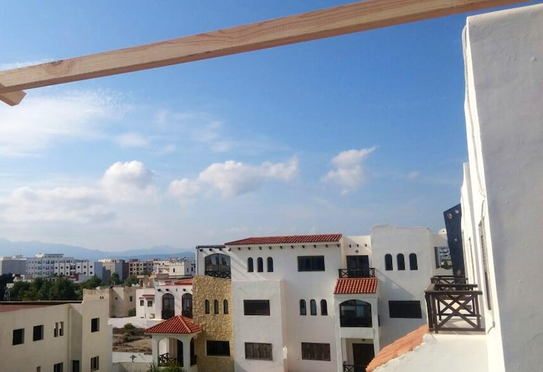 Apartment With one Bedroom in Martil, With Wonderful sea View, Shared Pool, Balcony, Martil, Balkong