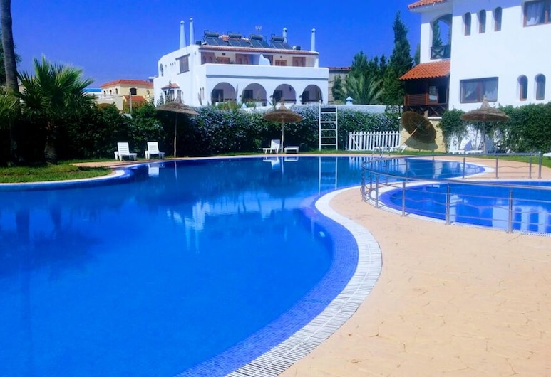 Apartment With one Bedroom in Martil, With Wonderful sea View, Shared Pool and Balcony, Martil