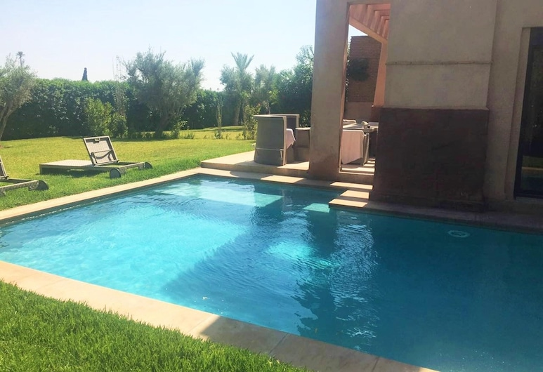 Villa With 3 Bedrooms in Marrakech, With Wonderful Mountain View, Private Pool and Enclosed Garden - 40 km From the Slopes, Oulad Hassoune
