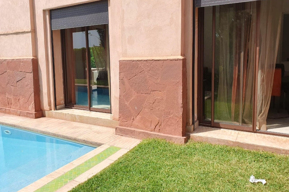 Villa With 3 Bedrooms in Marrakech, With Wonderful Mountain View, Private Pool and Enclosed Garden - 40 km From the Slopes