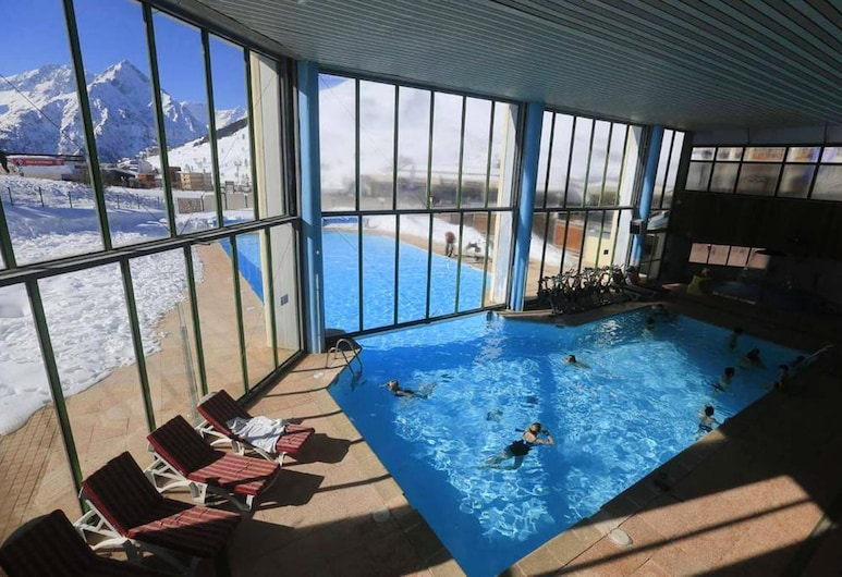 Apartment With one Bedroom in Mont-de-lans, With Wonderful Mountain View and Balcony - 50 m From the Slopes, Les Deux Alpes, Pool