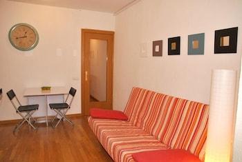 Barselona bölgesindeki Apartment With 3 Bedrooms in Barcelona, With Wifi - 3 km From the Beach resmi