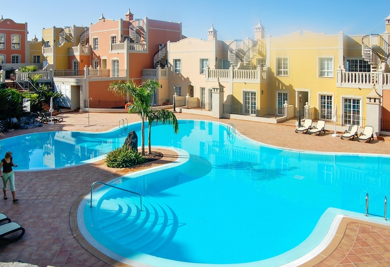 Apartment With 2 Bedrooms in Palm-mar, With Pool Access, Furnished Terrace and Wifi - 800 m From the Beach, Arona