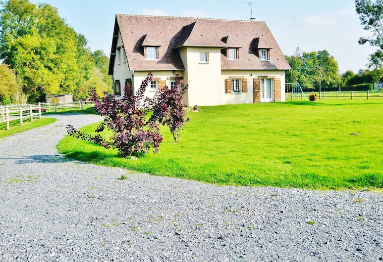 House With 4 Bedrooms in Quetteville, With Enclosed Garden - 22 km From the Beach, Quetteville