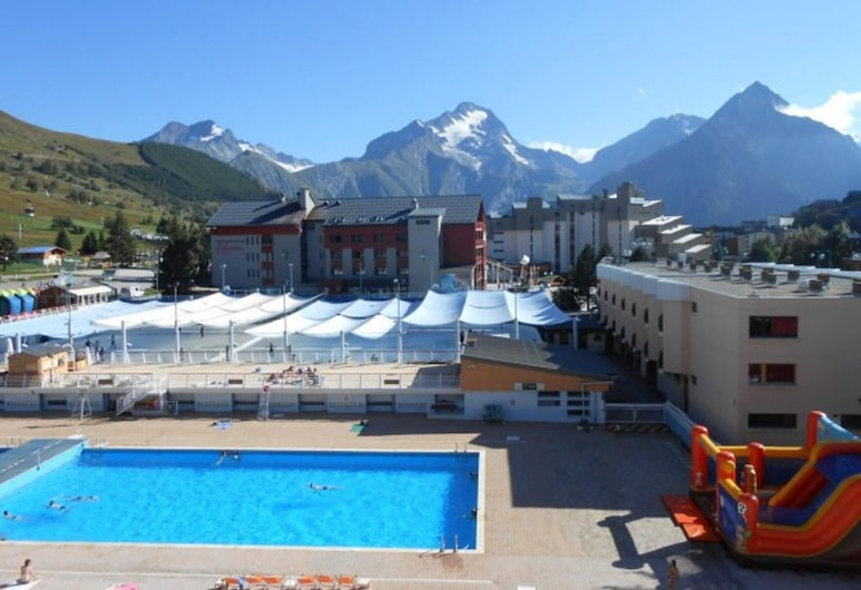 Apartment With one Bedroom in Mont-de-lans, With Wonderful Mountain View and Balcony - 200 m From the Slopes, Les Deux Alpes