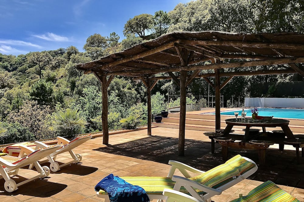 House With 2 Bedrooms in Genalguacil, Málaga, With Shared Pool, Enclosed Garden and Wifi - 28 km From the Beach