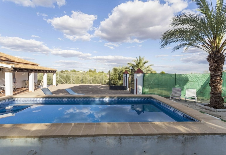 Villa With 4 Bedrooms in Córdoba, With Wonderful Mountain View, Private Pool, Furnished Garden - 180 km From the Beach, פוסדס, בריכה