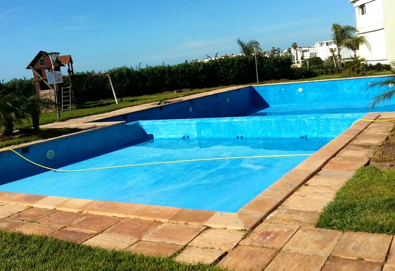 Apartment With 2 Bedrooms in Dar Bouazza, With Shared Pool and Terrace - 200 m From the Beach, Soualem Trifiya, Pool