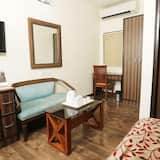 Executive Double or Twin Room, 2 Twin Beds, Private Bathroom - Living Area