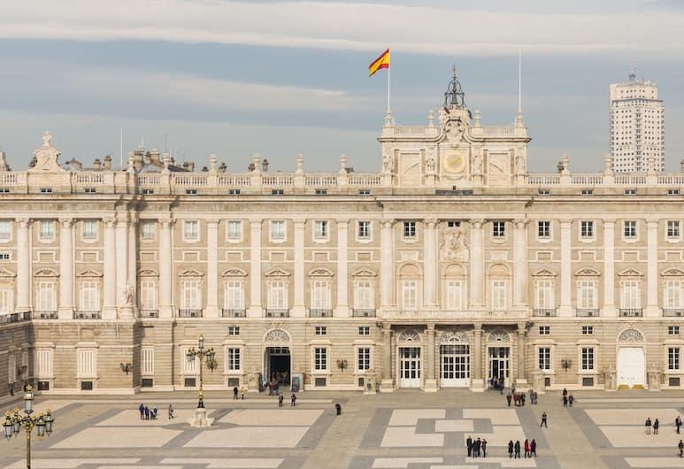 Madrid Suites Sol, Madryt, Z zewnątrz