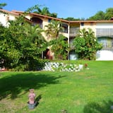 Studio in Sainte Anne, With Wonderful sea View, Furnished Garden and Wifi - 50 m From the Beach