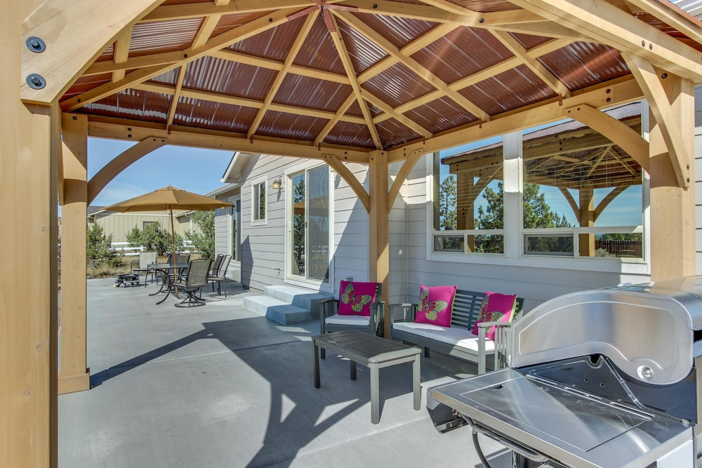 Smith Rock Buena Vista Apartment 4 Terrebonne Terrace Patio