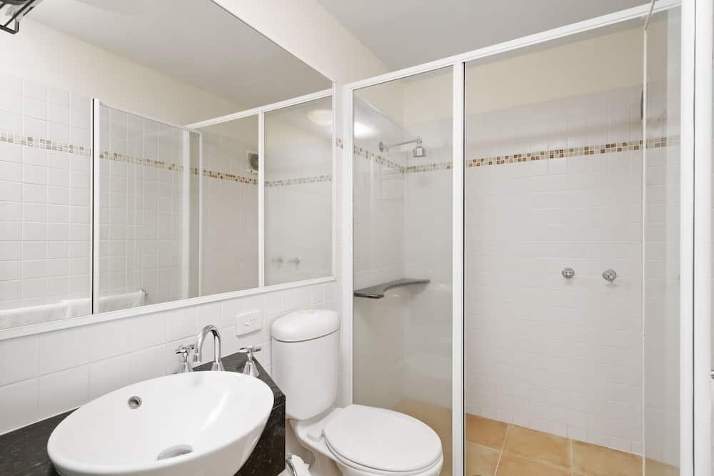 Apartment, 1 Bedroom, Pool Access - Bathroom