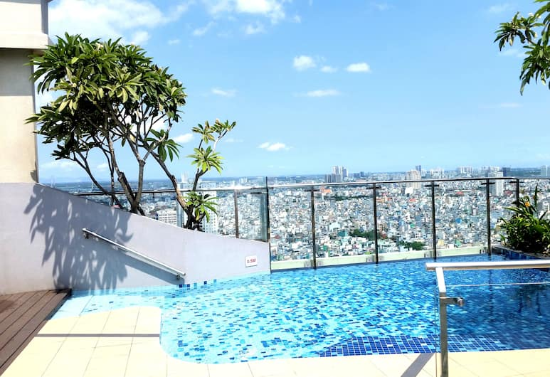 3 bedroom Icon56 apartment, Ho Chi Minh City, Outdoor Pool