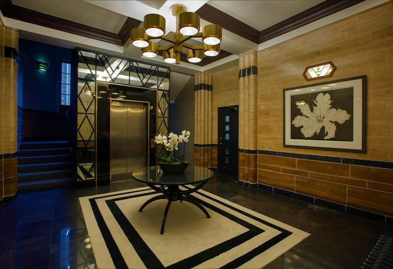 No.8 Waterloo Apartments, Birmingham, Lobby