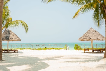 Foto Bwejuu Beach Palm Villa di Bwejuu