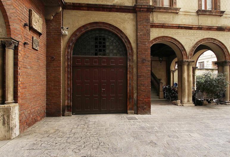 Suite And House Bianca di Savoia, Milaan, Ingang van de accommodatie
