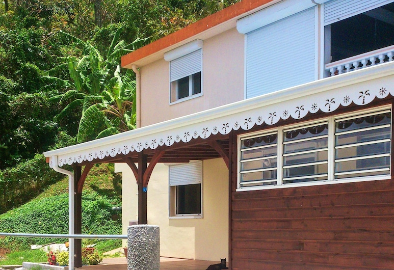 Apartment With one Bedroom in Rivière-pilote, With Enclosed Garden and Wifi - 4 km From the Beach, Riviere-Pilote
