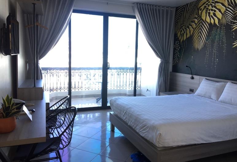 โรงแรมคิเอระ, โฮจิมินห์, ห้องดีลักซ์ดับเบิล, ระเบียง, ห้องพัก