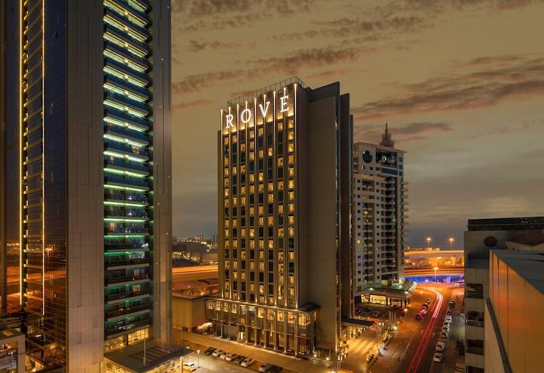 Rove Dubai Marina, Dubai, Bagian luar