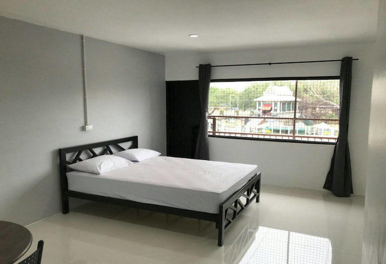 Sri Intra Hotel, Лоп Бурі