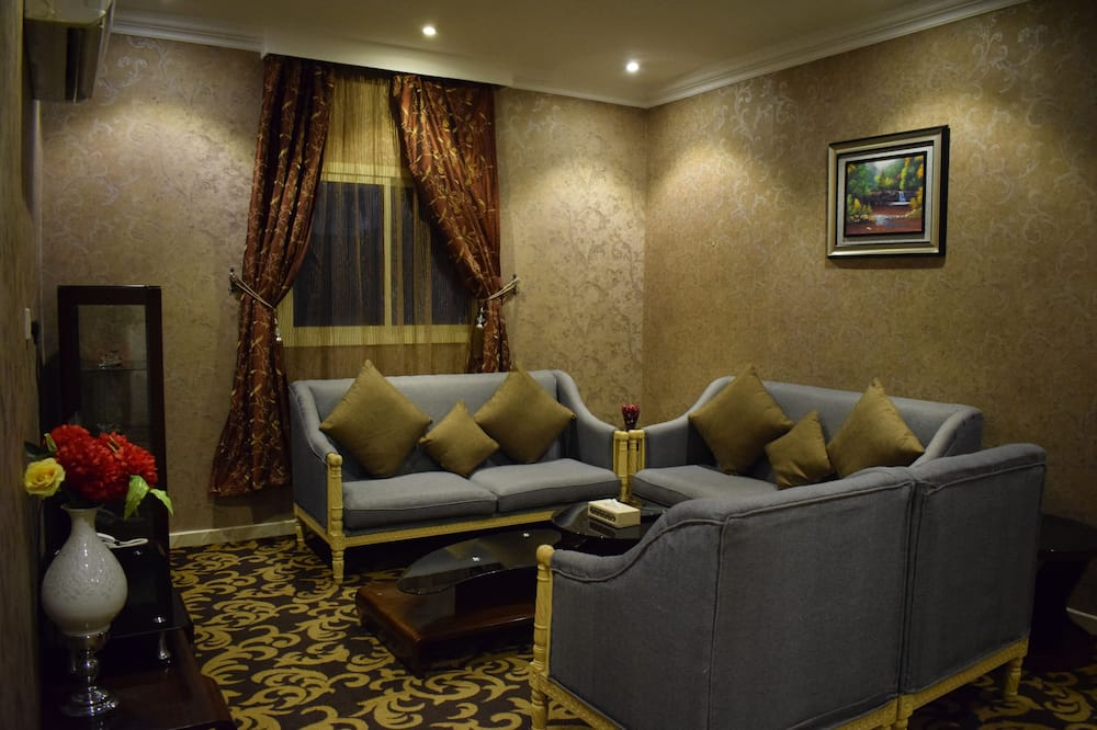 Suite Eksekutif - Ruang Keluarga