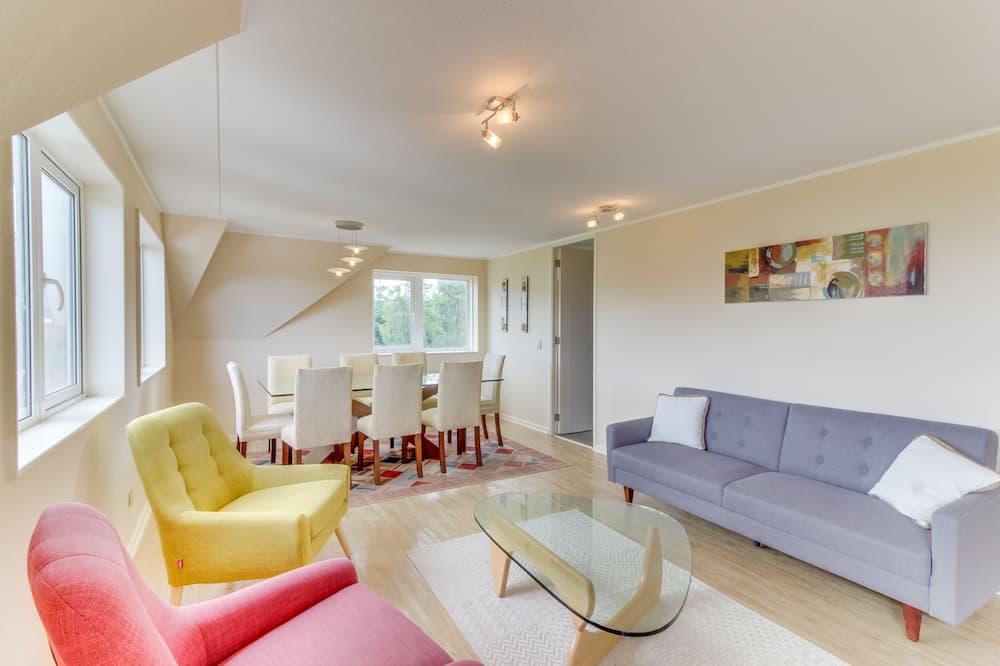 Standard Apartment, 3 Bedrooms, 3 Bathrooms - Wohnzimmer