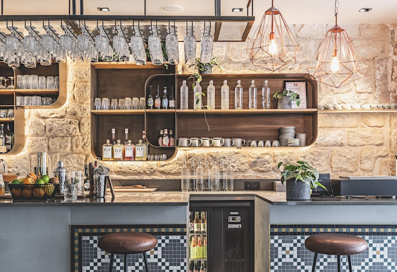 Le Belleval, Paris, Bar Hotel