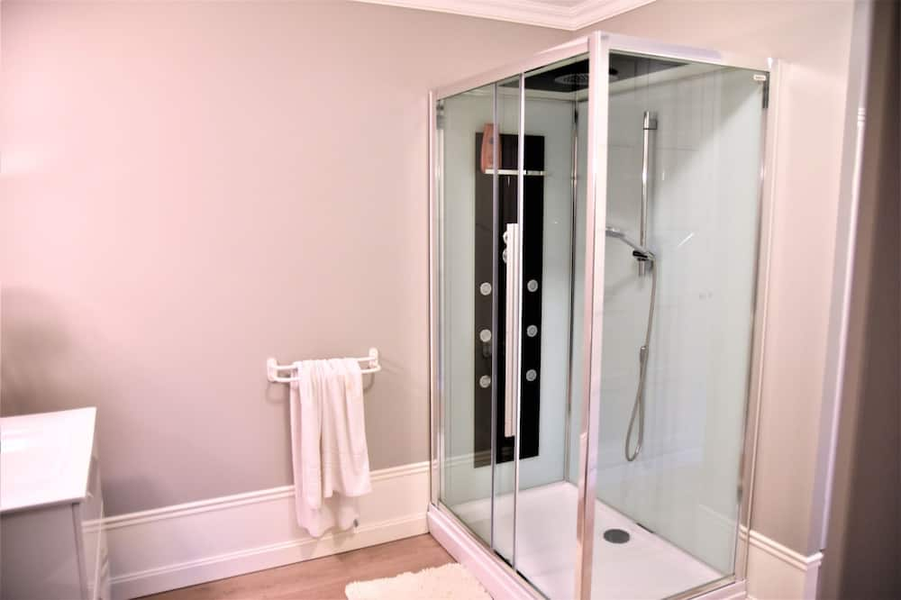 Rodinný pokoj (Villers-Bretonneux) - Sprcha