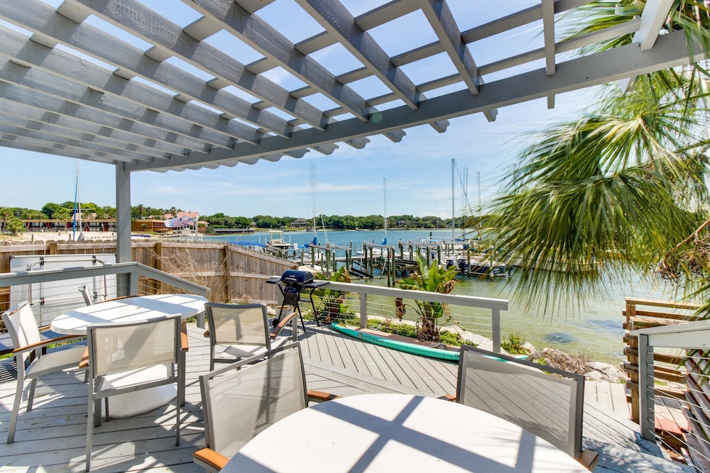 Pensacola Bay Studio At Pier One Marina Apartment 1 Gulf Breeze Terrace