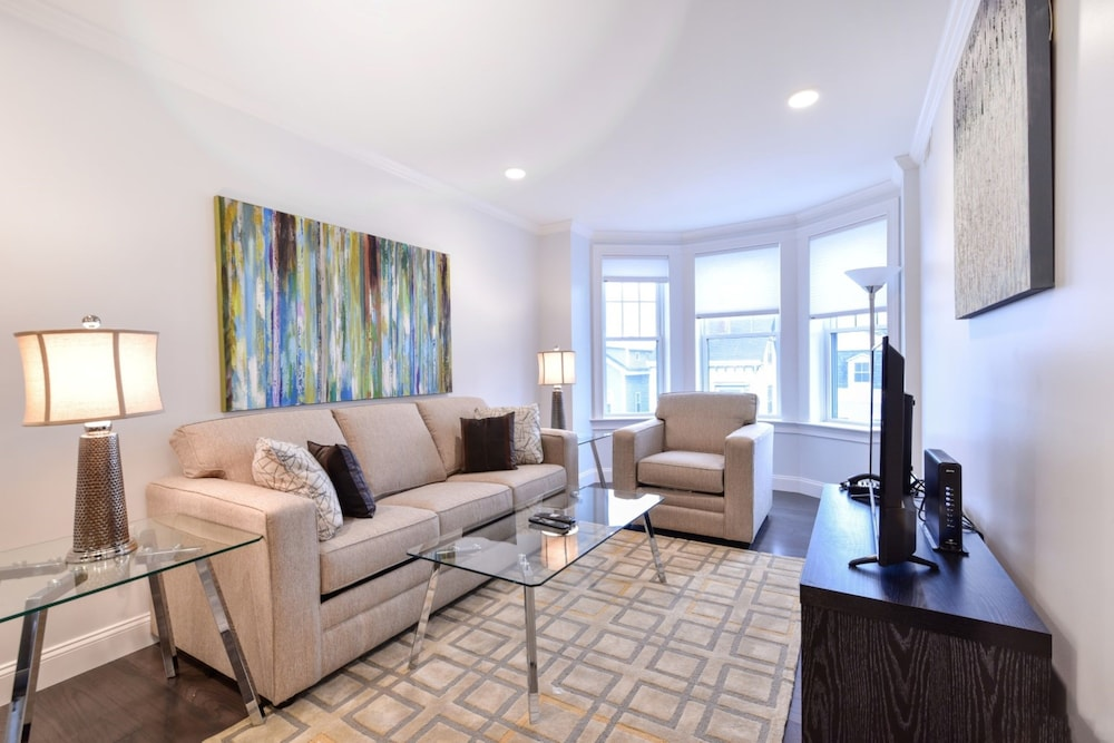 Global Luxury Suites at South Boston in Boston - Hotels.com