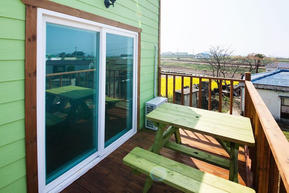 Сімейний двомісний номер, 1 ліжко «квін-сайз» (1 person) - Балкон