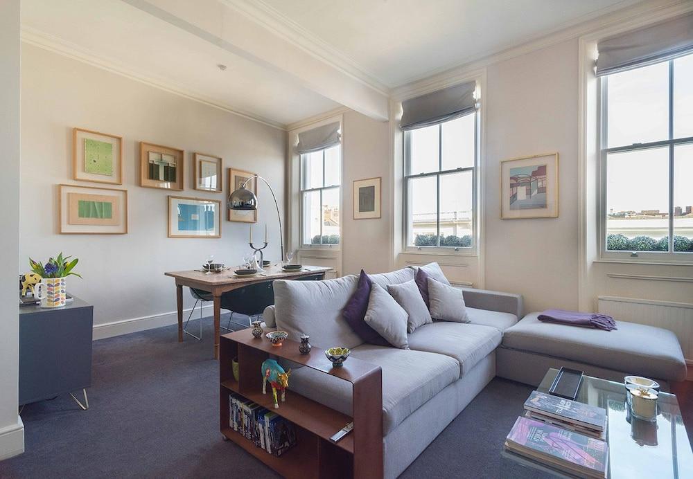 Book Elegant Home near Kensington High Street in London Hotelscom