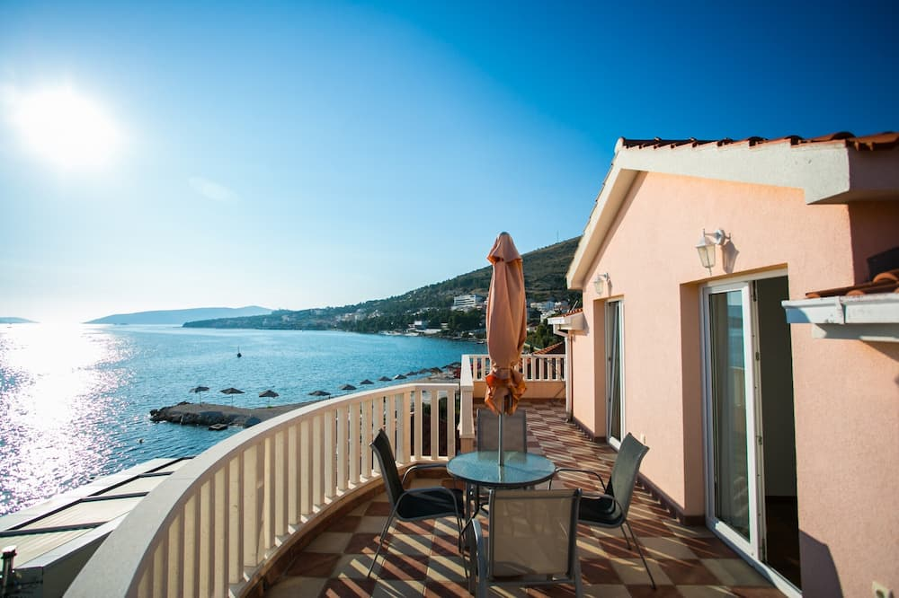 Apart Daire, 1 Büyük (Queen) Boy Yatak, Deniz Manzaralı (A2) - Balkon