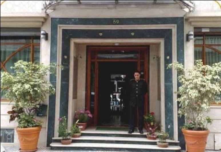 Hotel Maamoura, Casablanca, Sissepääs