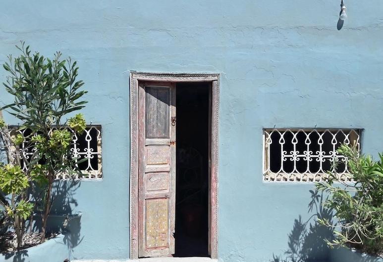 Dar Dialna, Arcila, Exterior