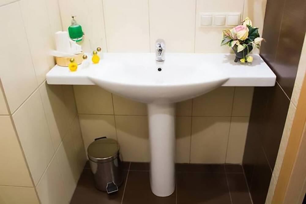 Phòng Cao cấp - Tiện nghi phòng tắm