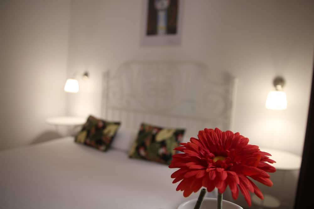 Kamar Double atau Twin Basic, 1 kamar tidur - Kamar Tamu