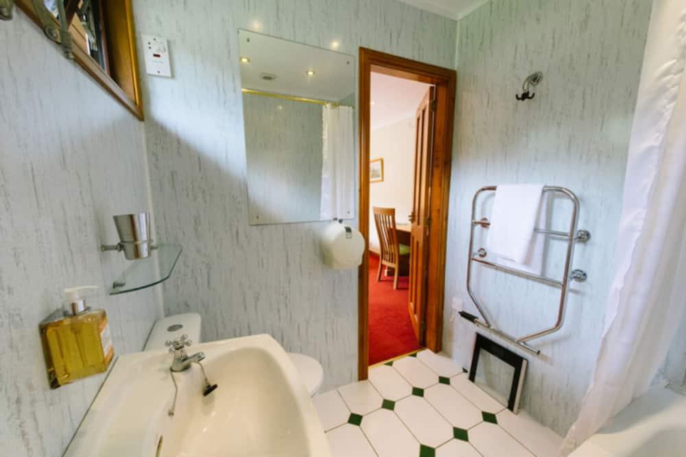 Chata, více lůžek - Koupelna