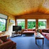Chata, více lůžek - Obývací prostor