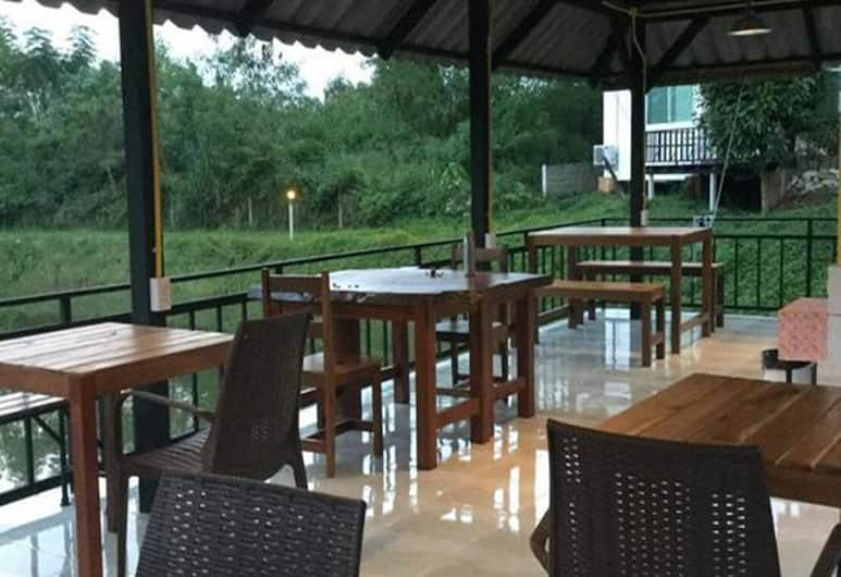 Sleepy Lagoon, Pak Chong, Lobby Sitting Area