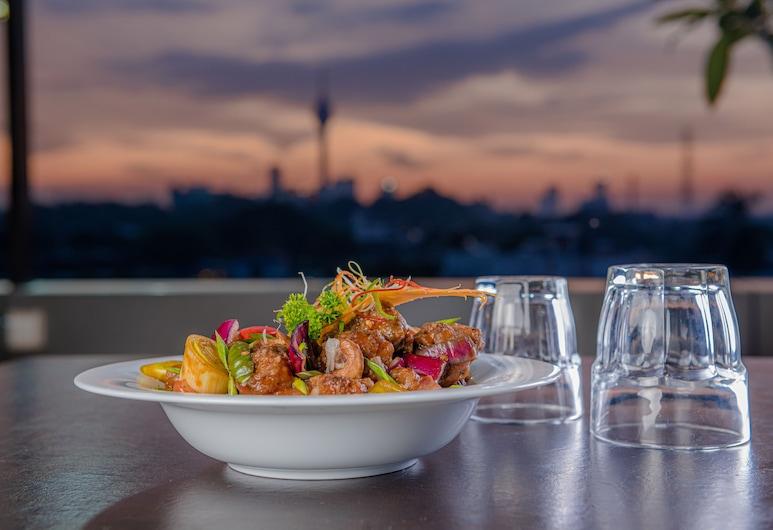Earl's Red Colombo, Colombo, Açık Havada Yemek