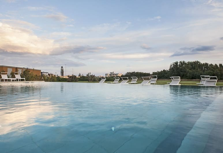 Modica Beach Resort, Modica, Buitenzwembad