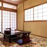 غرفة تقليدية - لغير المدخنين - بحمام مشترك (Japanese Style for 4 People) - تناول الطعام داخل الغرفة