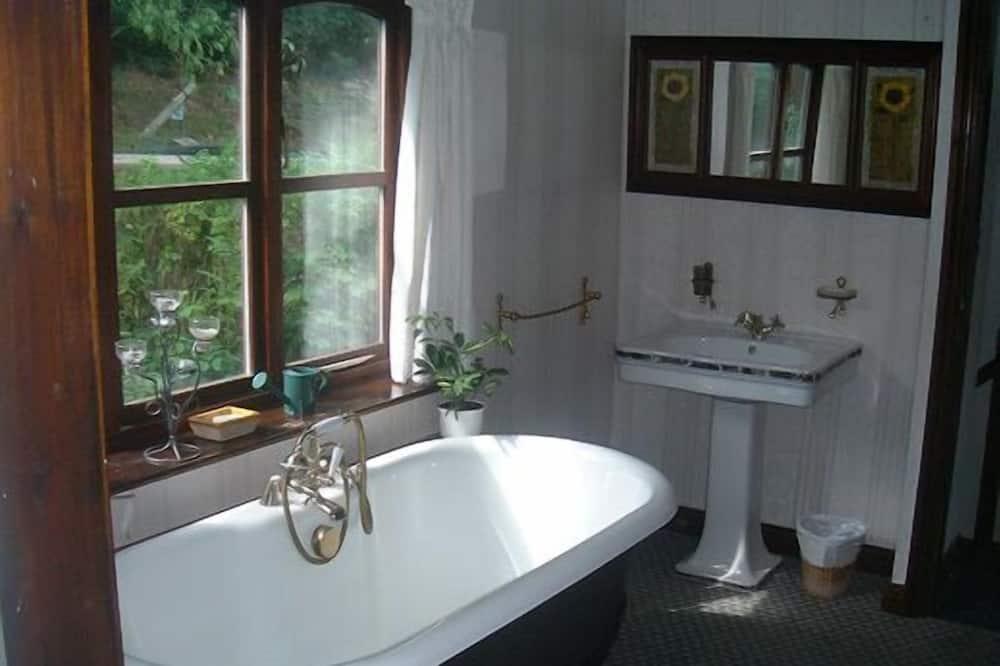 Standard Διαμέρισμα, 2 Υπνοδωμάτια, Τζάκι, Θέα στο Βουνό - Μπάνιο