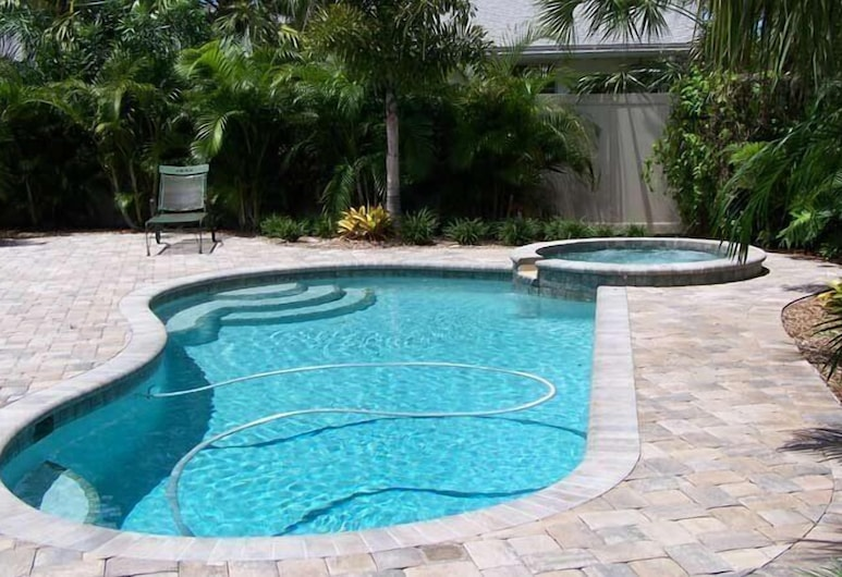 7201 Palm Dr 2 Bedroom Home, Holmes Beach, House, 2 Bedrooms, Pool