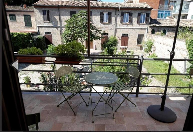Giovecca 192 B&B, Ferrara, Balkon