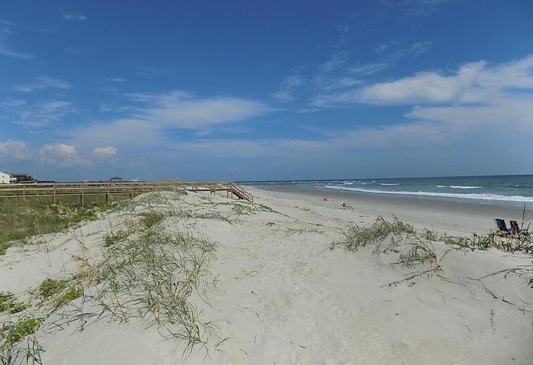 The Beach - 4 Br Home, Pulau Pawleys , House, 4 Bedrooms, Pantai