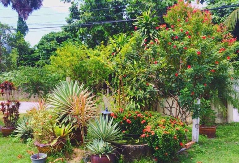 隆平房旅館, Choeng Thale, 花園